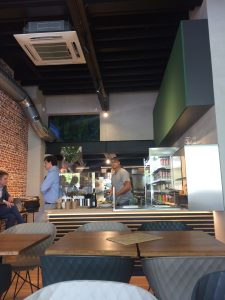 City trip Antwerp: Fithap, wrap and bowl lunch spot in Antwerp