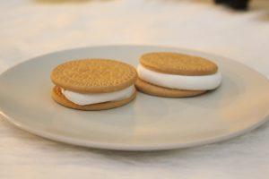 Favourite snacks for movie night: Marshmallow cookies