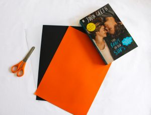Halloween DIY: Coloured books