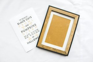 Halloween DIY: Quote picture frames