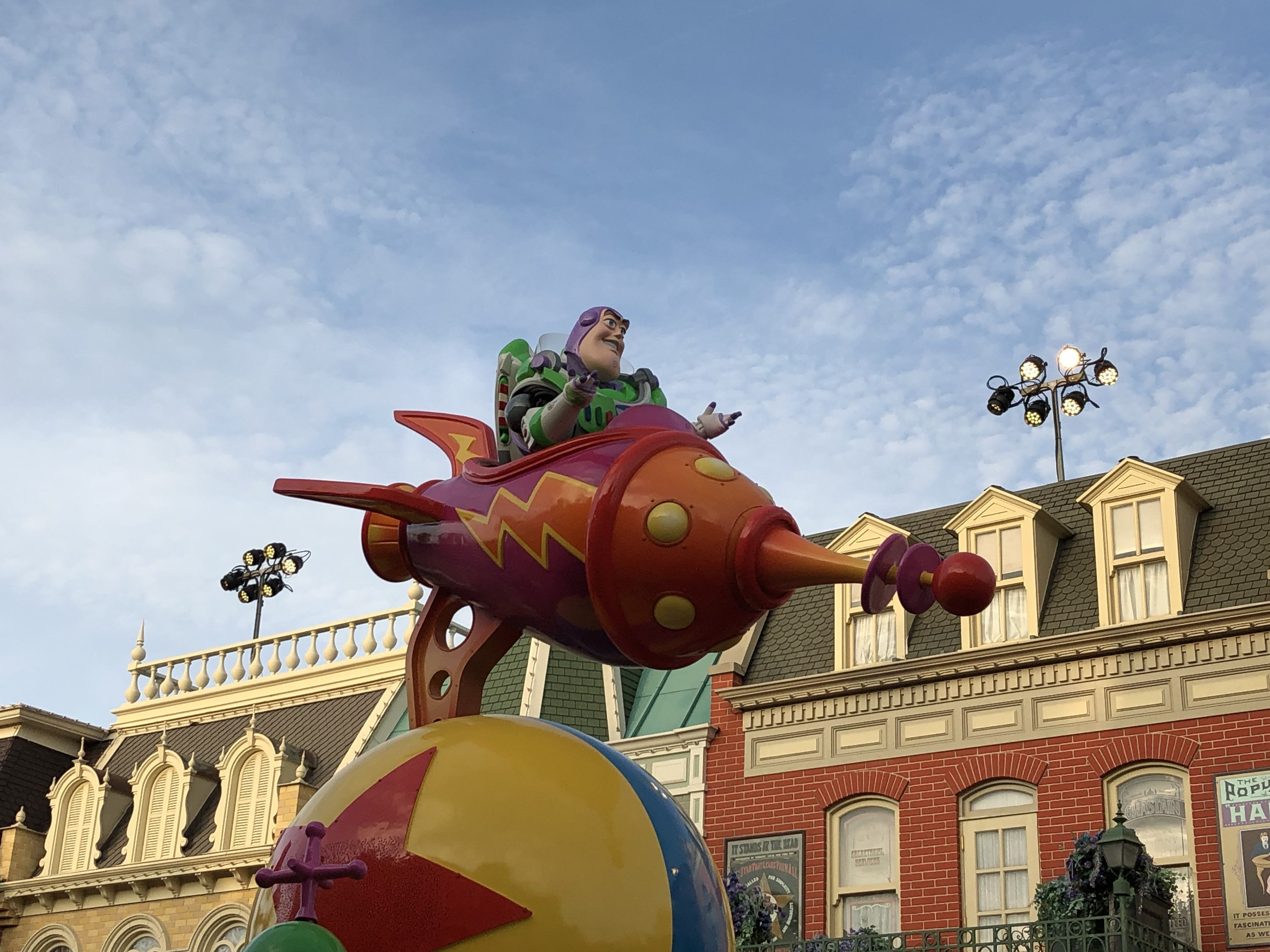 Disneyland: Disney Parade Toy Story