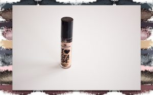 My Makeup Collection: Eye Primer Essence