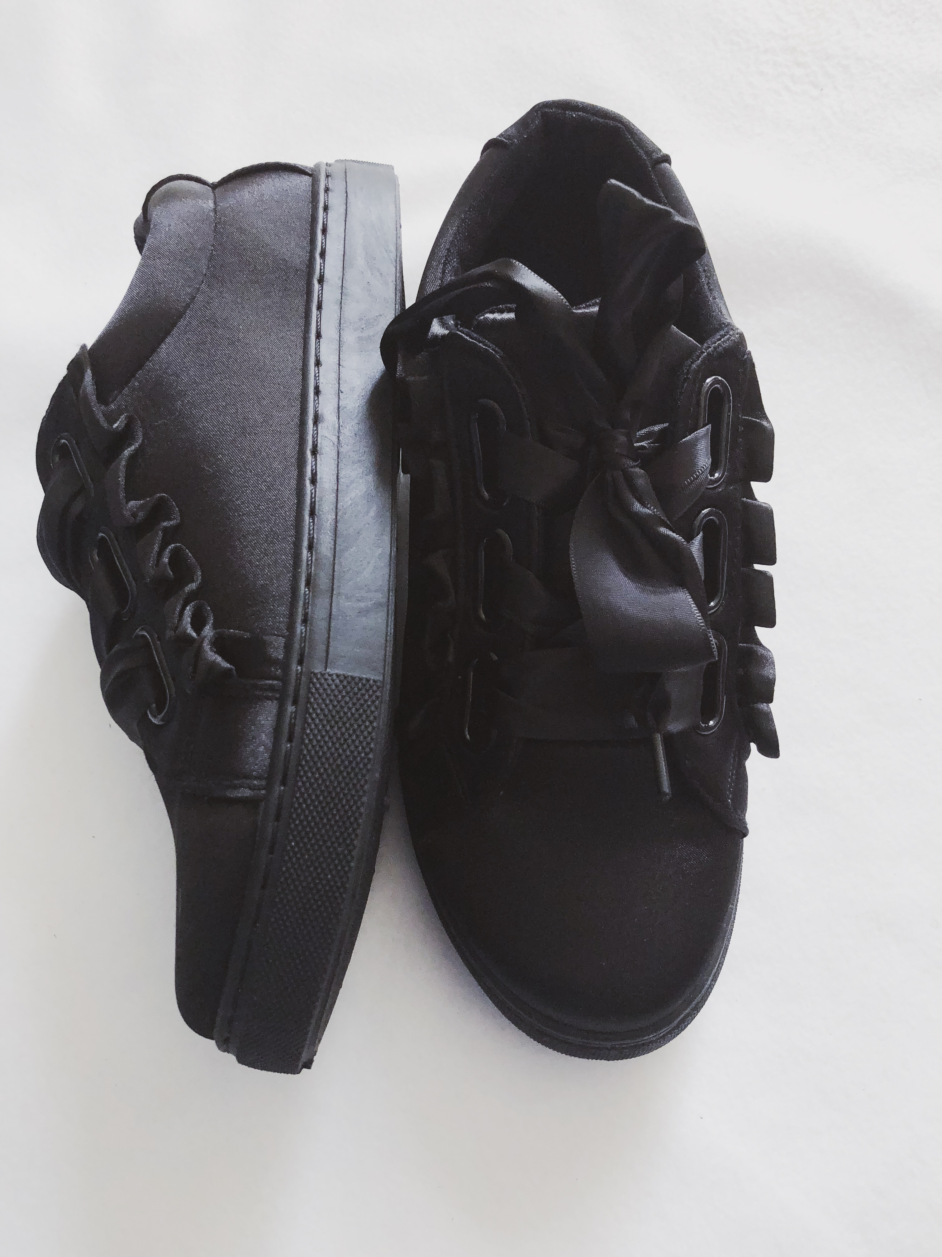 What I got in sales: Black sneakers from Ellemillashop
